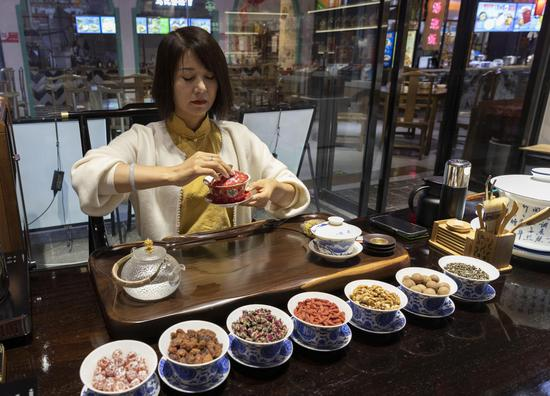 Ningxia inheritor offers refreshing glimpse of long-history tea