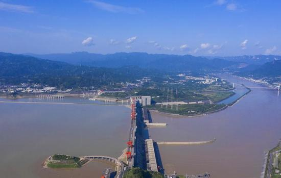 Three Gorges Reservoir to complete 175-meter water storage target
