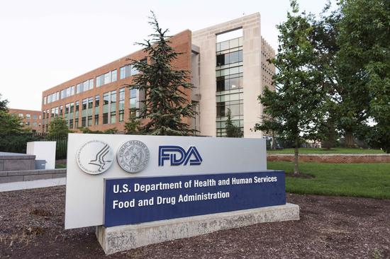 U.S. approves new booster of COVID-19 vaccines, 'mix and match' dose