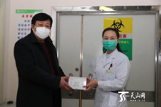新疆两家医院获赠1000人份新型冠状病毒核酸检测试剂盒