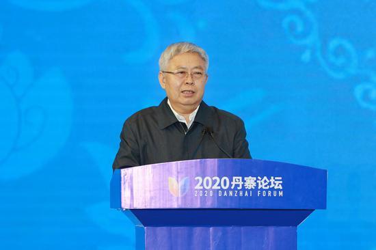 国务院扶贫办主任刘永富讲话。杜朋城 摄