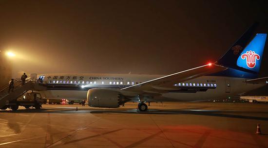 前期737max飞机预计将执行乌鲁木齐至成都,上海,北京,长沙,深圳,海口