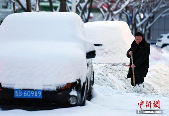 乌鲁木齐迎入冬以来最强降雪天气