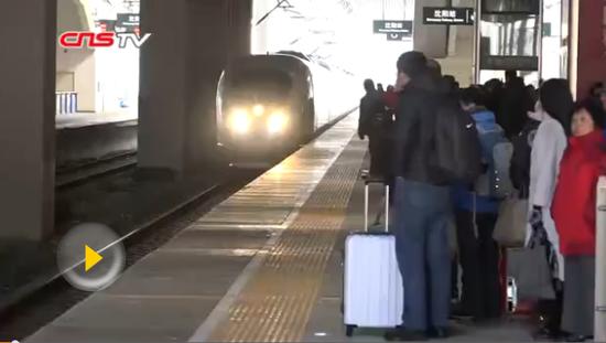 """归乡列车:旅程背后的""""小秘密"""""""