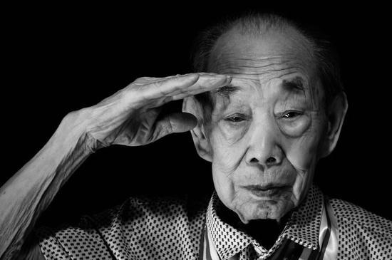 清明节,一位中国抗日远征军老兵在新疆辞世