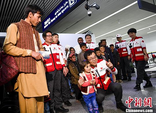 25名阿富汗先心病患儿先期抵达中国新疆接受免费治疗