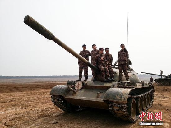 """揭秘北理工全国唯一""""开坦克""""专业 开坦克拆坦克样样在行"""