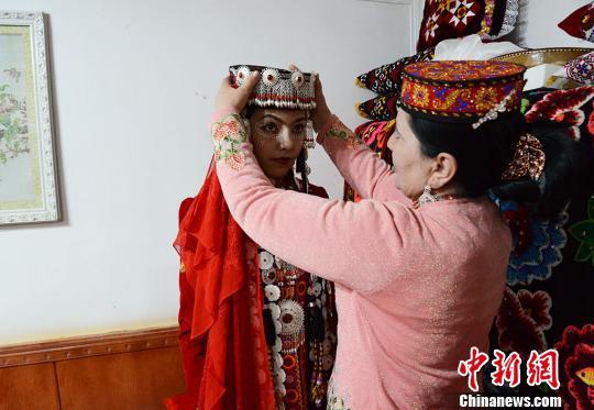 亲历新疆帕米尔高原上的塔吉克族婚礼:一场婚礼办三天