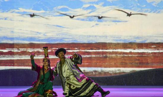 舞台剧《东归·印象》再现蒙古族土尔扈特部东归历史