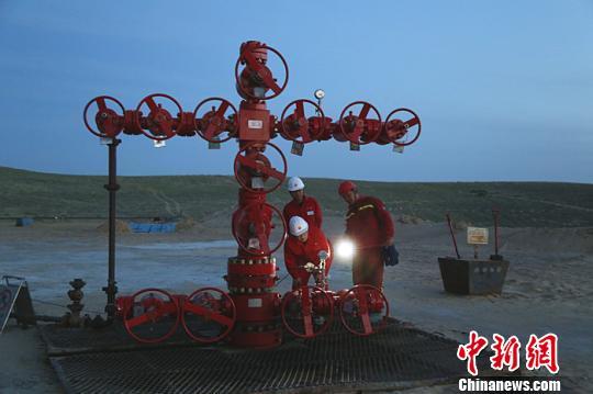 新疆油田采气一厂进入天然气建产高峰期