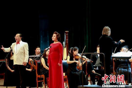 百年歌剧首入新疆阿克苏