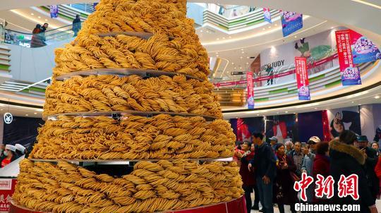 新疆昌吉美食文化旅游节开幕 特设台湾美食展位