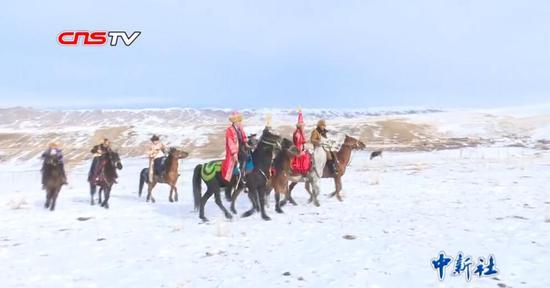 """新疆特克斯""""冰雪印象"""":别具风情的哈萨克族冬日婚礼"""