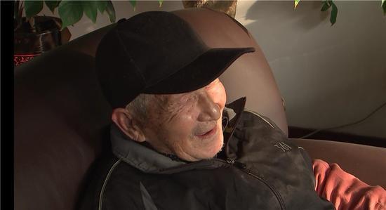 """图为""""爱心老人""""姜善庭。宁波宣传部供图"""