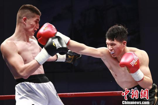新疆黑马一晚连克两大夺冠热门 夺拳力角斗场冠军
