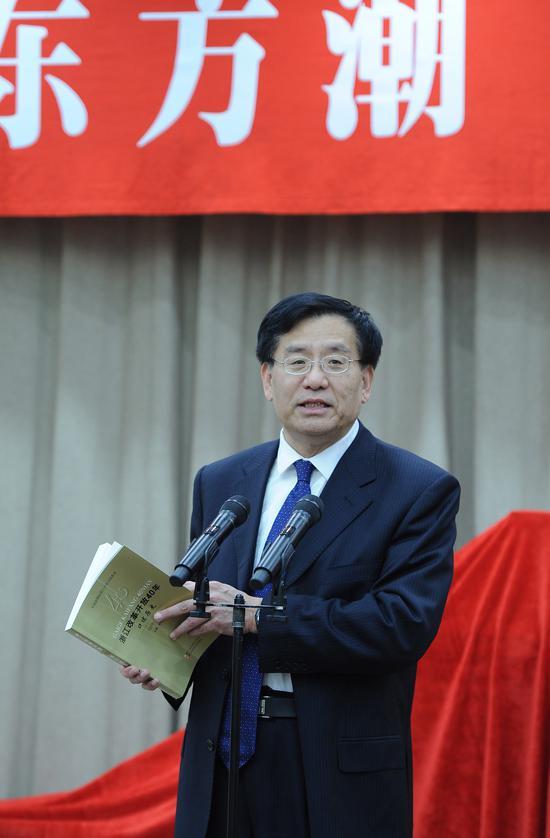 图为:中国新闻社社长章新新在致辞。 王刚 摄