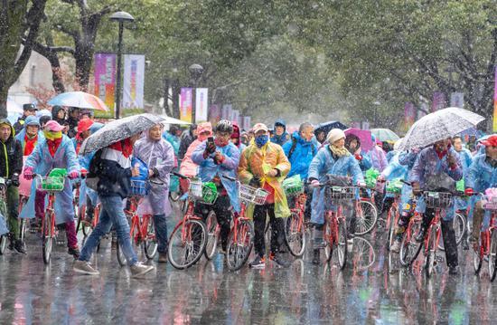 """龙坞""""最美骑行赛道""""开赛 助力杭州亚运会"""