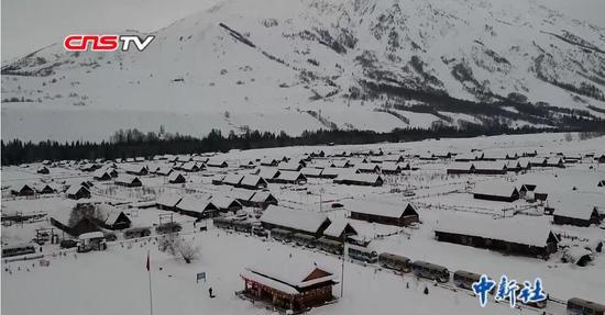 新疆禾木打造旅游文创IP伴客人游雪乡 台湾游客点赞美景
