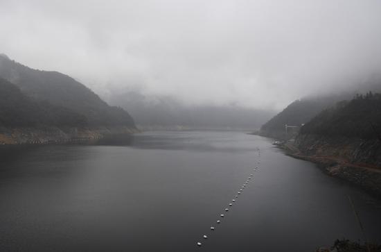 图为:白溪水库库区景象。 王刚 摄