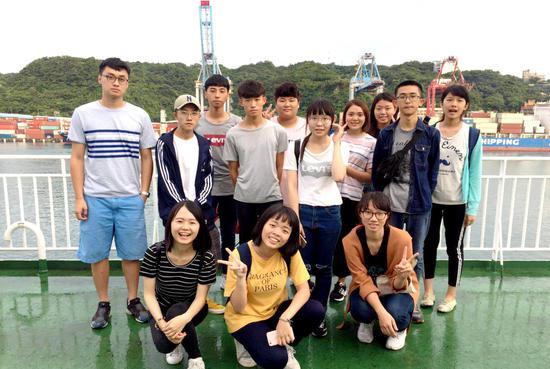 图为:台湾大学生在玉环交流 玉环市委宣传部供图