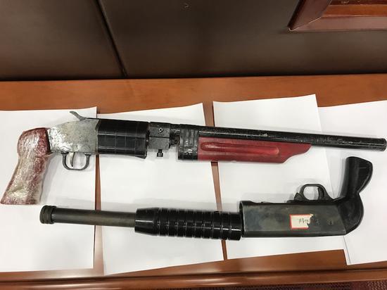 金华取消88个乡镇狩猎队收回612支猎枪 。 奚金燕 摄