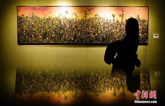 80幅美术作品展现新疆改革开放40年深刻变化