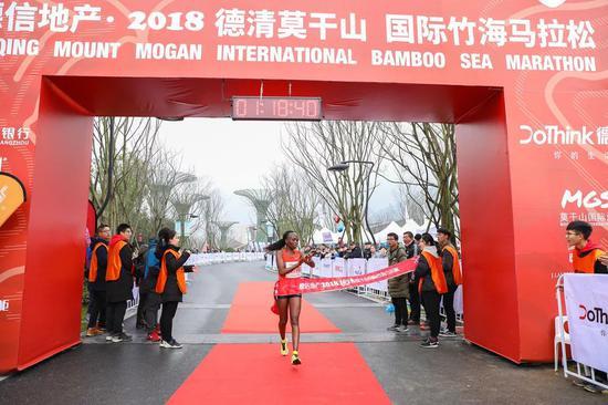 马拉松女子冠军 。 主办方供图