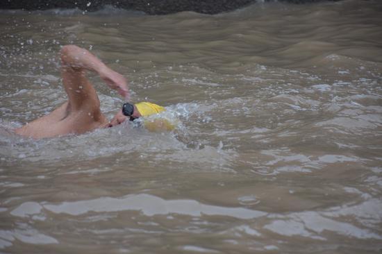 冬泳勇士 。 洞头区委宣传部供图