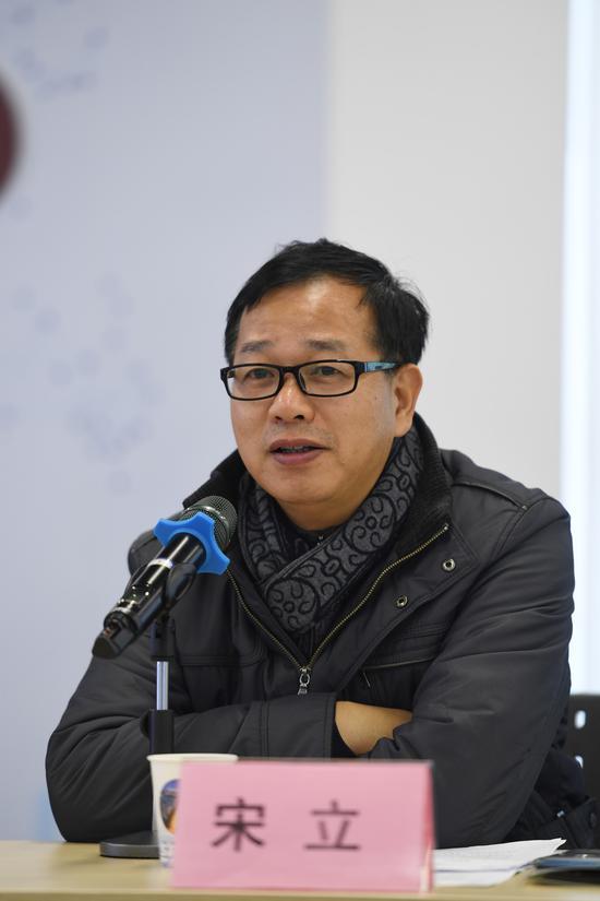 图为:浙江省委统战部党外知识分子处处长宋立在发言。 王刚 摄