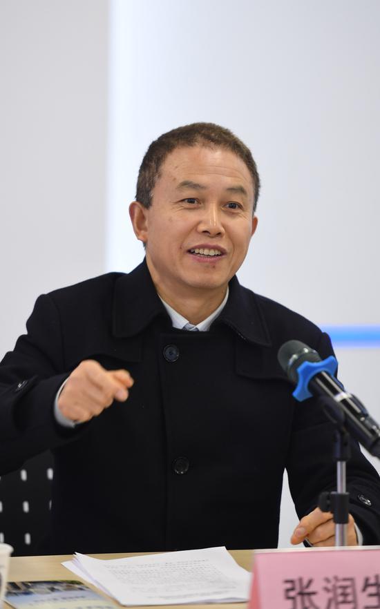 图为:浙江省委统战部副部长张润生在发言。 王刚 摄