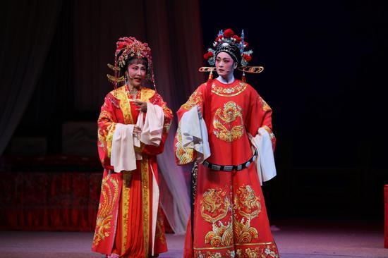 """""""越剧春晚""""杭州站现场。绍兴大剧院供图"""