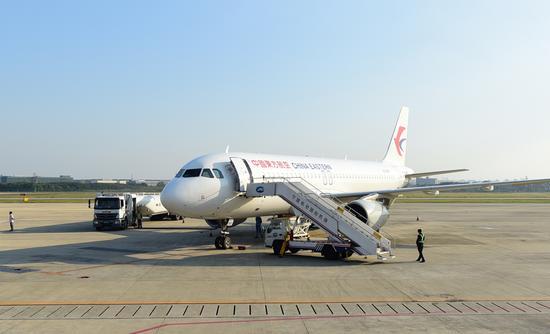 图为宁波机场航班。 宁波机场提供