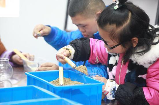 从一个班到一所学校   浙江遂昌为特殊儿童筑起梦想家园。叶艳景摄