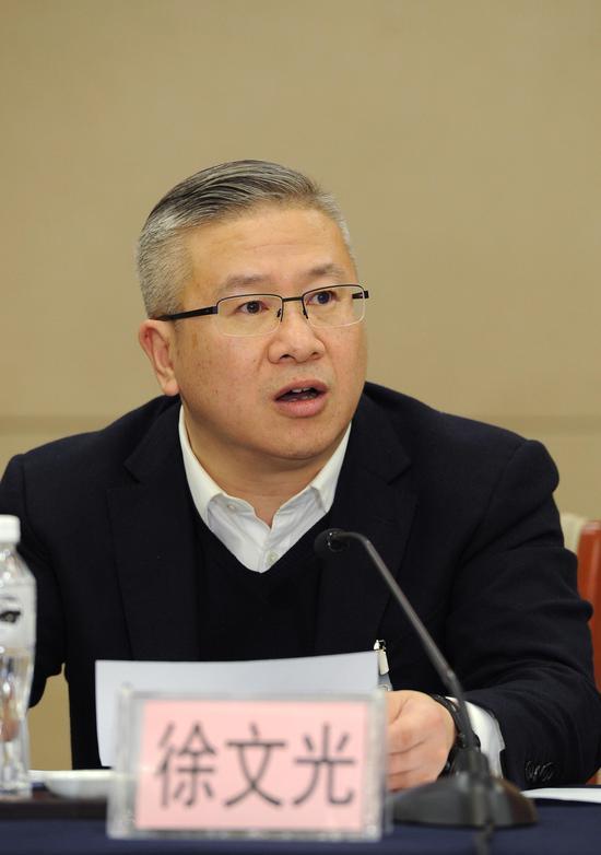 图为:浙江省衢州市委书记徐文光正在发言。  张茵 摄