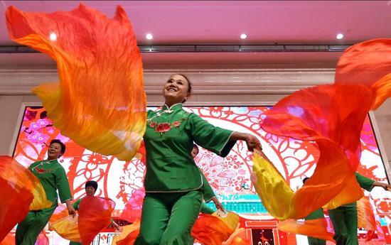 克拉玛依市欢歌笑语迎新春