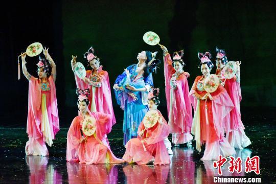 中领馆与印尼巴厘省政府联办春节招待会