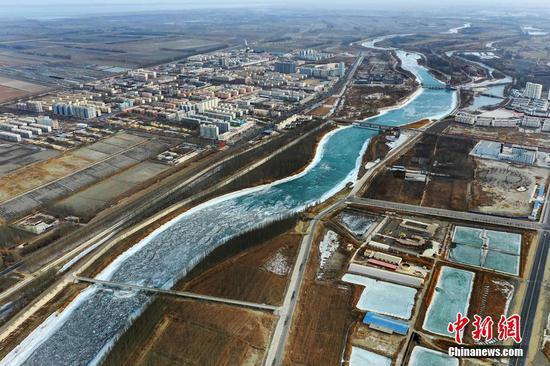新疆巴州现初春景致 开都河化冰开河