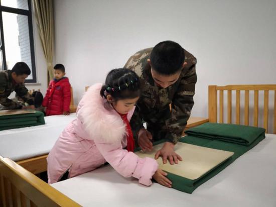 蕺山中心小学学子军营参观见学 欲将爱国种