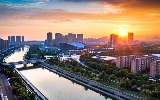 """宁波最年轻新区?#30333;园住保骸?#19977;年大变样""""老"""