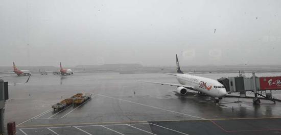 乌鲁木齐国际机场终止航班大面积延误黄色应急响应