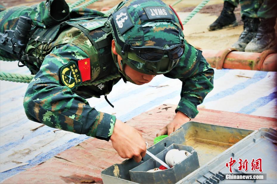 广西武警特战队员陌生地域挑战极限