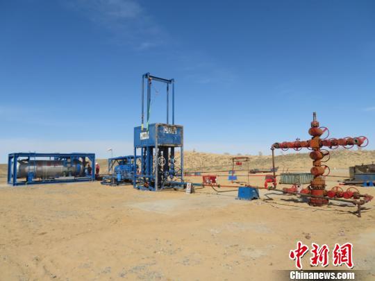 新疆油田采气一厂的天然气设备。 采气一厂供图 摄