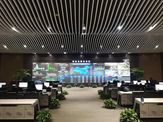余杭某制造业企业智能控制中心。 张煜欢 摄