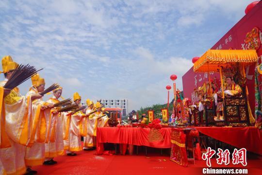 廣西平樂媽祖文化旅游節開幕 中外游客感受媽祖文化