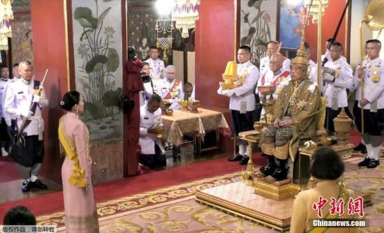 泰國舉行哇集拉隆功國王加冕典禮