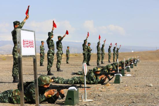 武警兵团总队某支队比武:来自大漠戈壁的较量
