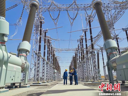 新疆巴楚-莎车750千伏输变电工程建成投运