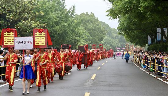 图为第十七届徐霞客开游节现场  蒋攀 摄