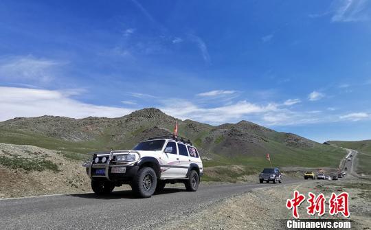 新疆托里縣舉辦自駕越野探險游 穿越千年牧道
