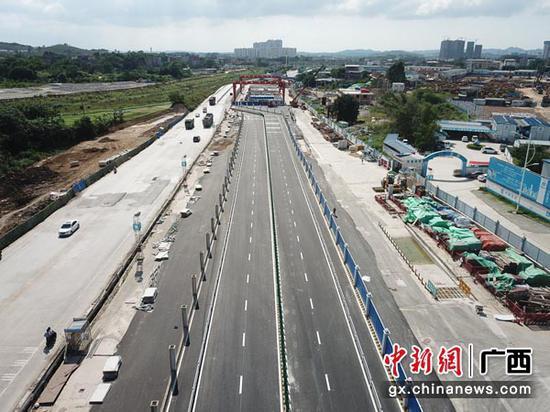 图为洪运路站交通疏解道路全景图。